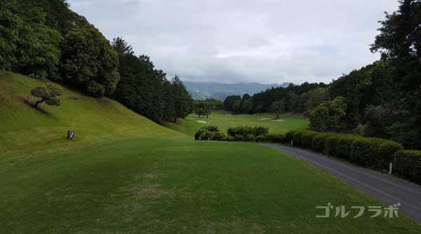 沼津ゴルフクラブの愛鷹4ホールのティーグラウンド