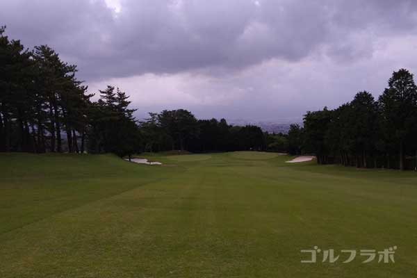 沼津ゴルフクラブの伊豆1ホールの2打目