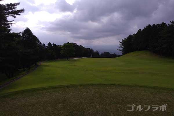 沼津ゴルフクラブの伊豆1ホールのレディースティ