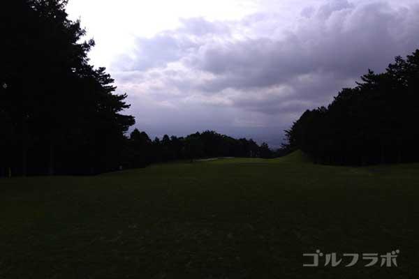 沼津ゴルフクラブの伊豆1ホールのティーグラウンド