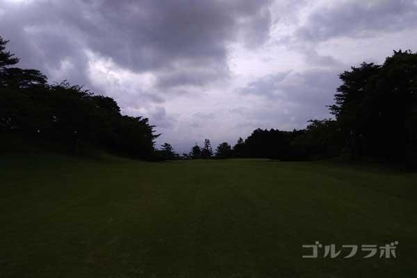 沼津ゴルフクラブの伊豆2ホールの2打目
