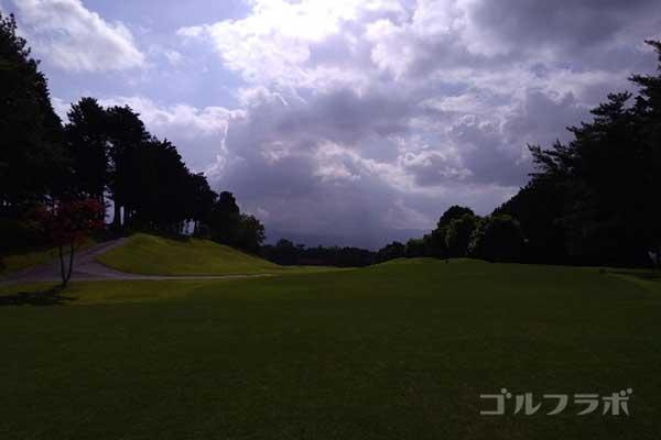 沼津ゴルフクラブの伊豆6ホールのティーグラウンド