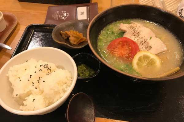 修善寺カントリークラブのレストランのラーメン