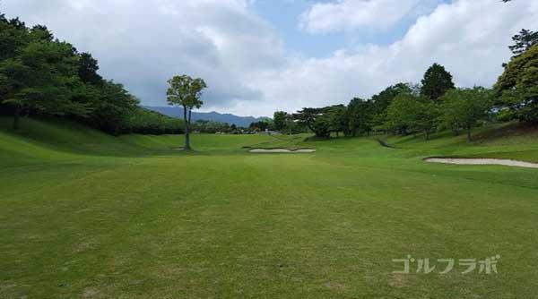 沼津ゴルフクラブの駿河4ホールの2打目