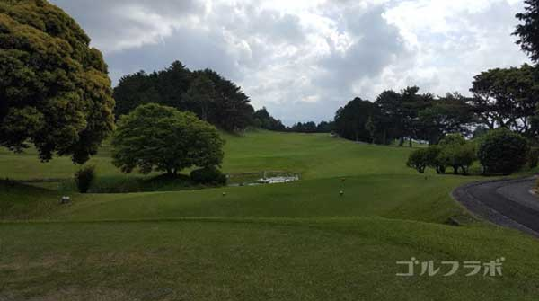 沼津ゴルフクラブの駿河7ホールのティーグラウンド