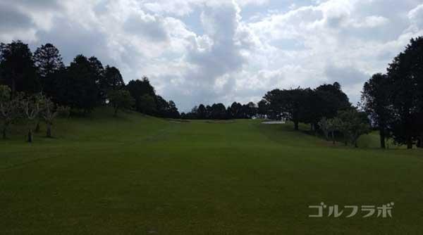 沼津ゴルフクラブの駿河7ホールの2打目
