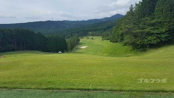 レンブラントゴルフ倶楽部御殿場の駿河コース9番ホールのティーグラウンド