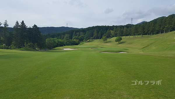 レンブラントゴルフ倶楽部御殿場の駿河コース9番ホールの3打目
