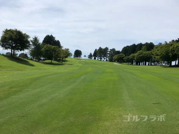 凾南ゴルフ倶楽部の1番ホールの3打目