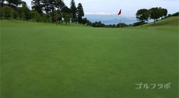 凾南ゴルフ倶楽部の10番ホールのグリーン