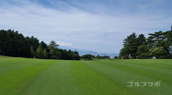 凾南ゴルフ倶楽部の17番ホールの2打目