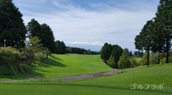 凾南ゴルフ倶楽部の17番ホールのティーグラウンド