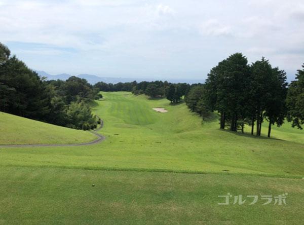 凾南ゴルフ倶楽部の5番ホールのティーグラウンド