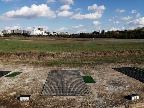 江戸川ラインゴルフ練習場の打席