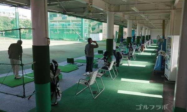 東堀切ゴルフセンターの打席