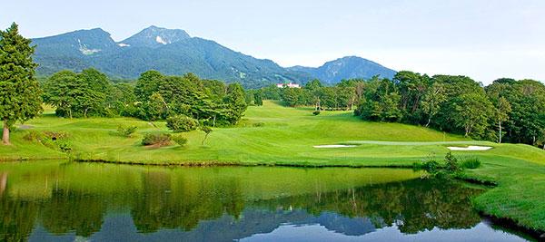 赤倉ゴルフコース 標高769m