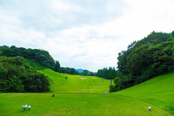 武雄ゴルフ倶楽部