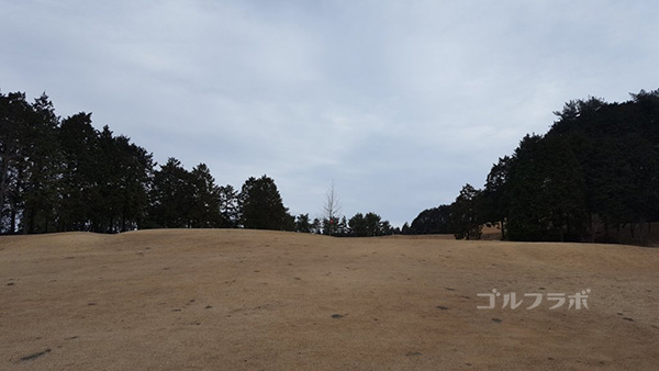 富士箱根カントリークラブの4番ホールの3打目