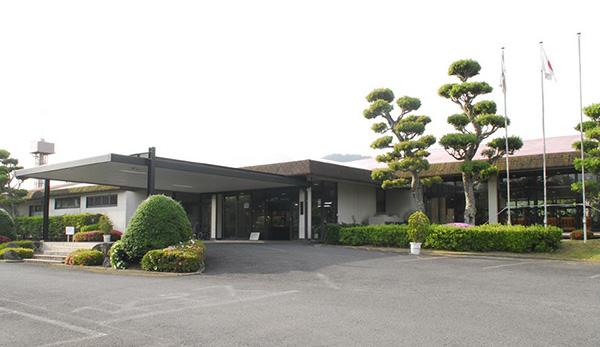 勝山御所カントリークラブ