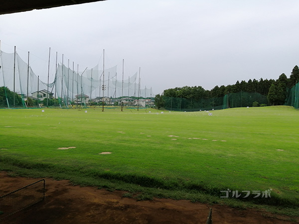 天川ゴルフ練習場のフェアウェイ