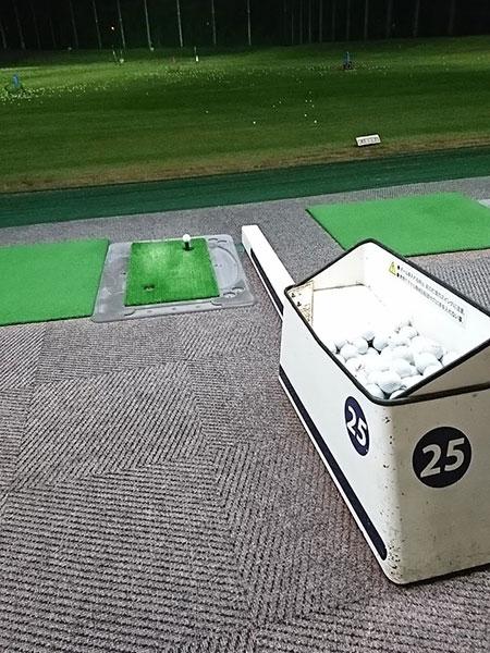 千代田ゴルフセンターの打席