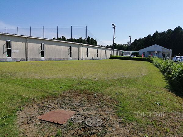 ダイヤゴルフセンター牛久のアプローチ練習場
