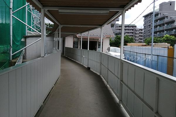 原木中山ゴルフセンターの廊下