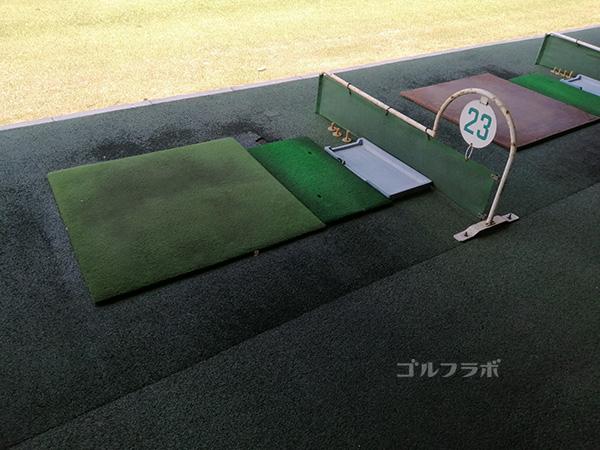 関鉄ゴルフセンターの打席