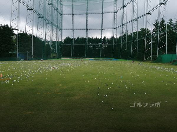 中山ゴルフセンターのフェアウェイ