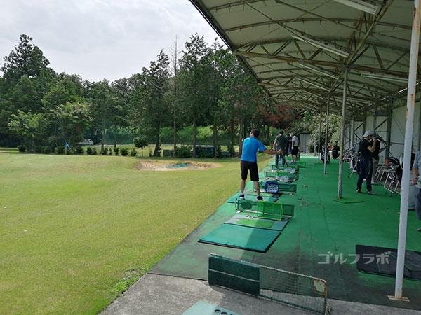 TGRユタカゴルフセンターの打席