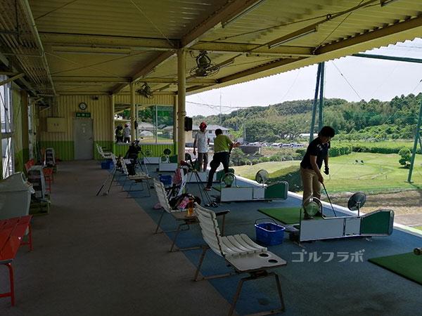 土浦学園ゴルフセンターの打席