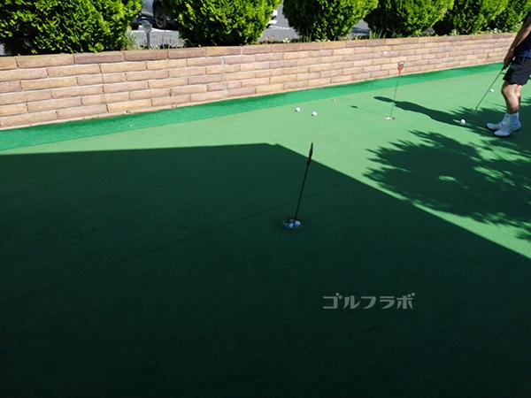センチュリーゴルフのパットの練習場