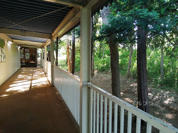 牛久ジャンボゴルフ練習場の廊下