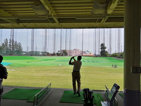 ヤマグチゴルフセンターの打席
