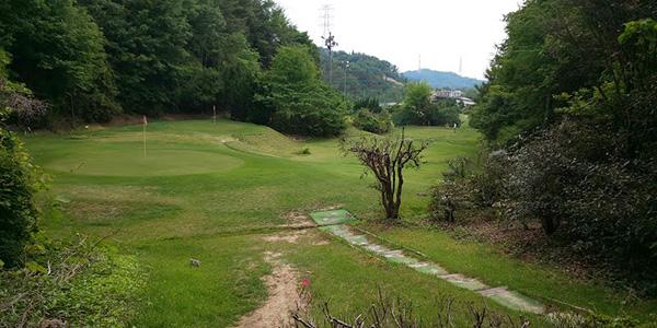 阪奈ゴルフ練習場