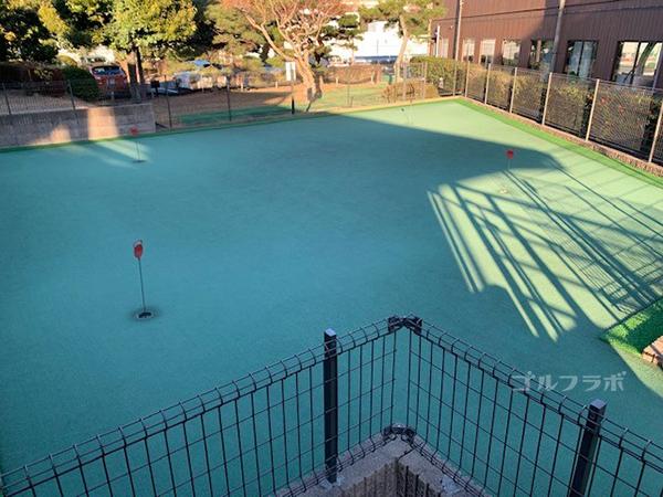 京王若葉台ゴルフ練習場のパッティンググリーン