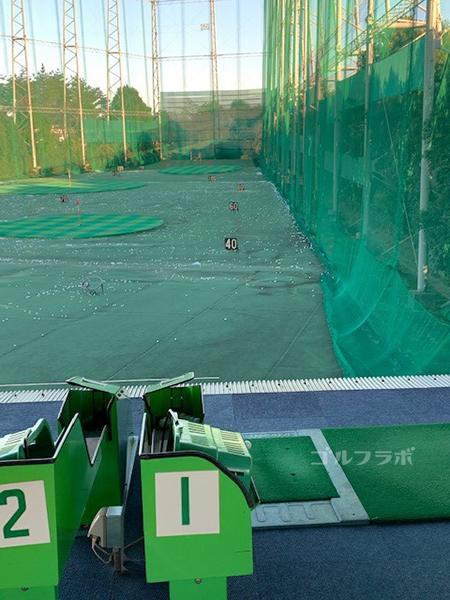 京王若葉台ゴルフ練習場の打席