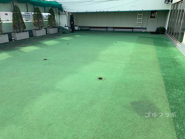 グリーンパークゴルフセンターのパター練習場.