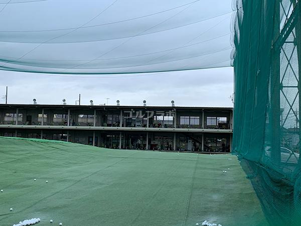 仙川ゴルフの外観