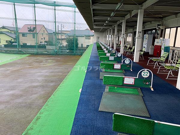 仙川ゴルフの2F打席