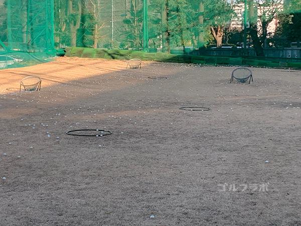 白糸台ゴルフセンターの目標物