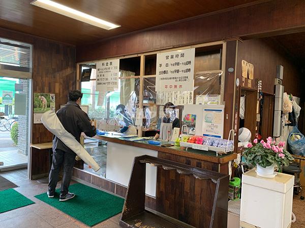 武蔵野ゴルフのフロント
