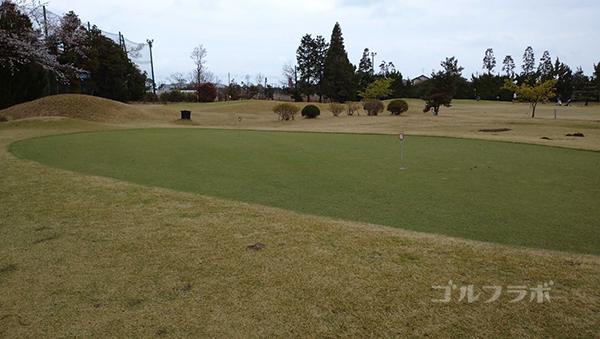 ダイナミックゴルフ茂原のアプローチ練習場