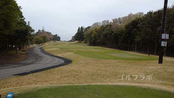 市原ゴルフクラブ柿の木台コースの14番ホールのティーグラウンド