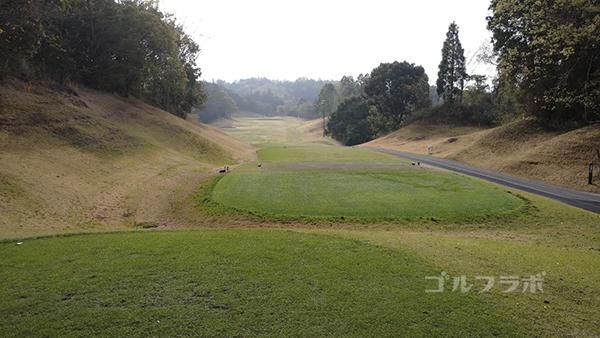 市原ゴルフクラブ柿の木台コースの17番ホールのティーグラウンド