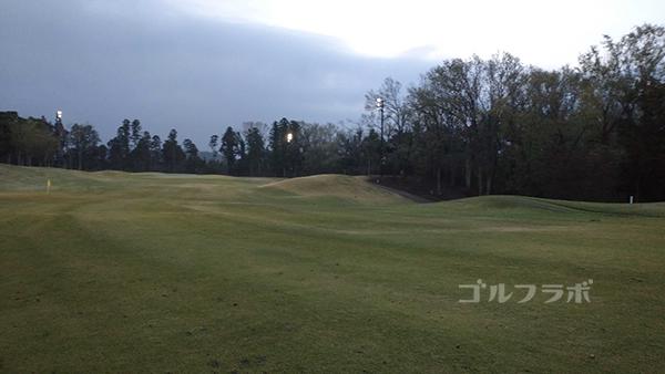 市原ゴルフクラブ柿の木台コースの5番ホールの2打目