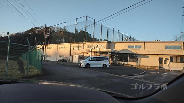 ケンゴルフビレッジ長南の駐車場