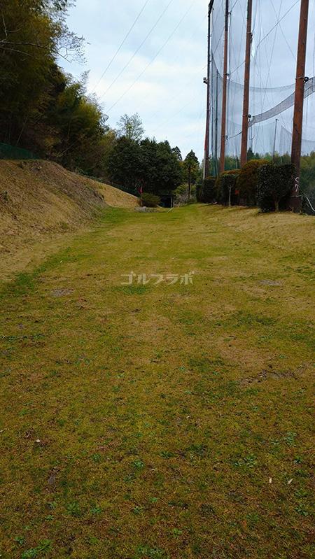 明治ゴルフセンターのアプローチ練習場