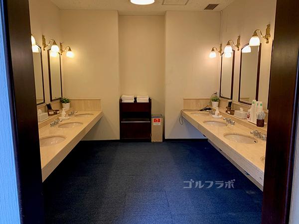インペリアルCC化粧室