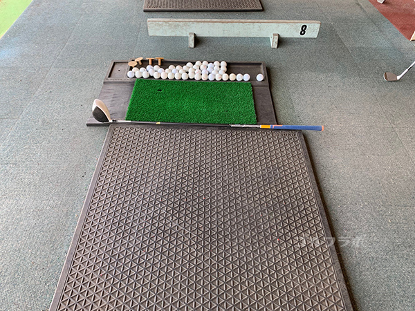 山王ゴルフセンターの打席